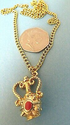 £6 • Buy Vc28--quirky & Unusual Greek Vase Gold Tone Pendant Necklace