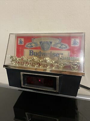 $ CDN125.82 • Buy Vintage Budweiser Clydesdale Digital Light Up Bar Clock Working With Stand