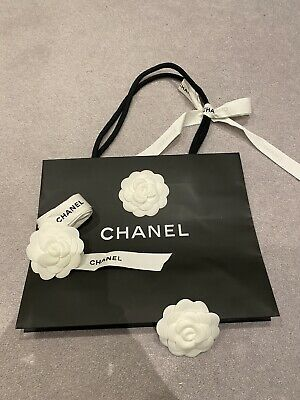 £7.90 • Buy Chanel Paper Bag With X2 Ribbon And X3 Flower, From A Small Bag