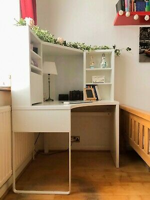£20 • Buy Second Hand Corner White Study Table With Storage And Space For Electricals!