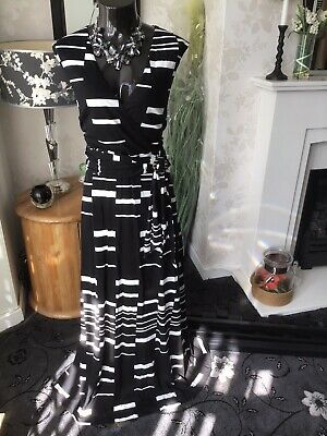 £49 • Buy Phase Eight Willow Maxi Dress Size 16