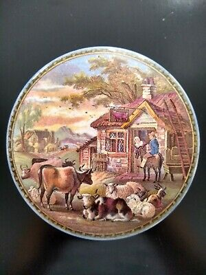 £22 • Buy Collectable Victorian Prattware Pot Lid With A Base. Farm House With Animals.