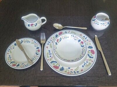 £45 • Buy BHS Priory Tableware 4x Dinner Plates, 4x Side Plates, 4x Bowls. No Chips