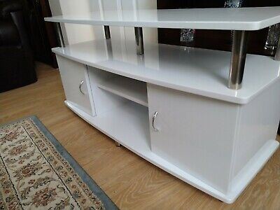 £35 • Buy Tv Cabinet White Gloss.EXCELLENT CONDITION. COLLECTION ONLY