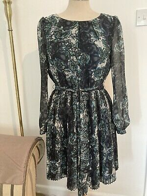 £3 • Buy Kneelength Dress With Pleated Skirt And Long Sheer Sleeves Size 12