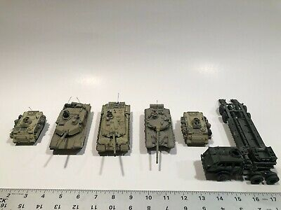 $30 • Buy Forces Of Valor Set Of 1:72 Vehicles (T-72, M1A2, M113, Challenger II, M26)