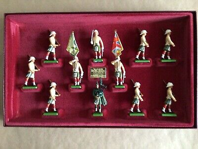 £15 • Buy Boxed Set Of Britains Toy Soldiers. The Seaforth Highlanders 5188