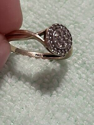 AU600 • Buy Beautiful Michael Hill 10ct Gold Diamond Ring Size M Also Fits An N