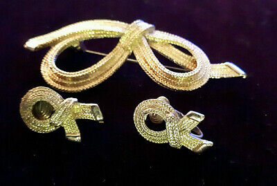 £2.99 • Buy Vintage Gold Clip On Earrings And Brooch Set