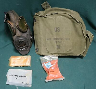 $34.24 • Buy Vintage US Military Army M17A1 Protective Gas Mask With Original Bag