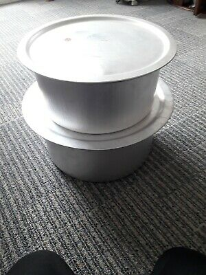 £250 • Buy LARGE Professional Catering Heavy Duty  Aluminium Cooking Pots  With Lids X 2
