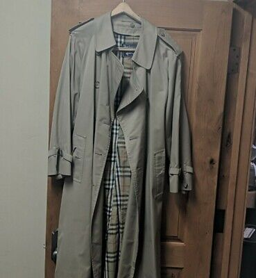 $230 • Buy Burberry Mens Belted Trench Rain Coat With Wool Liner 40 Short Vintage