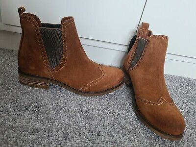 £13.50 • Buy Clarks Maria Tan Boots Size 5