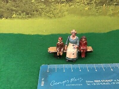 £26.99 • Buy Vintage Britains Era Lead Home. Mother With Girl And Boy Sitting On Log Bench.