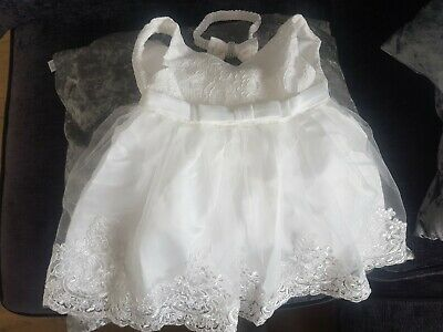 £7 • Buy Christening Gown With Headband