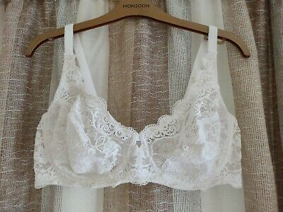 £4.99 • Buy Vintage Triumph Amourette Size 40c White Lace Bra Underwired Non-padded