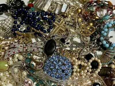 $ CDN6.28 • Buy (Lot 20) Huge Lot Vintage To Now Jewelry 2.9 Lbs. Some Signed, 925 Necklace