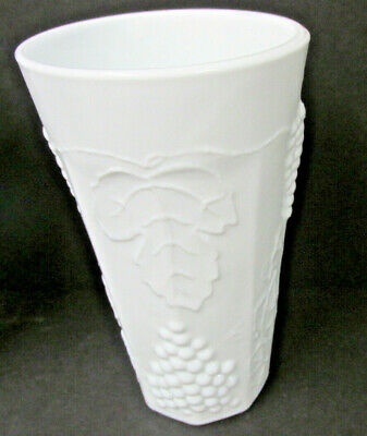 $2.99 • Buy Colony Harvest Milk Glass, Grapes & Leaves: Tall Flat Tumbler, Cooler 5 3/4