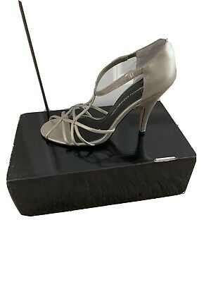 £5 • Buy French Connection Strappy Sandals Shoes - Metallic Pewter Colours - Size 6 39