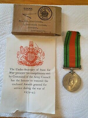 £29.95 • Buy WW 2 Defence Medal, Issue Slip And Box.