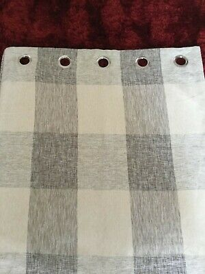 £5 • Buy B And Q Grey Curtains