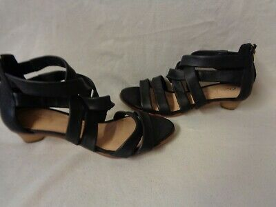 £17 • Buy Immaculate Clarks Black Leather Cushion Plus Low Heel Strappy Sandals Size 5