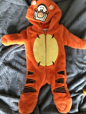 £7 • Buy Unisex Baby Boy Girl Disney Tigger Snowsuit Up To 1 Month Excellent Condition