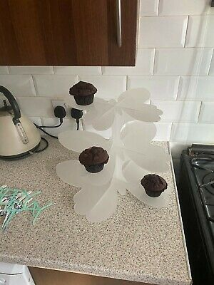 £10 • Buy Butterfly 3 Tier Opal Acrylic Cup Cake Stand