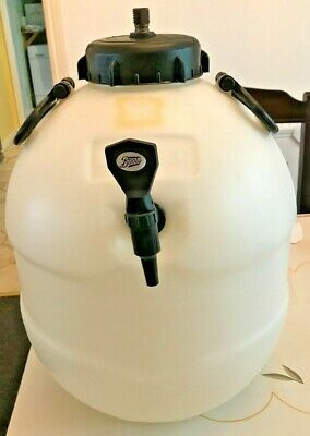 £50 • Buy KING KEG Home Brew Pressure Barrel C/w CO2 Valve And Top Tap