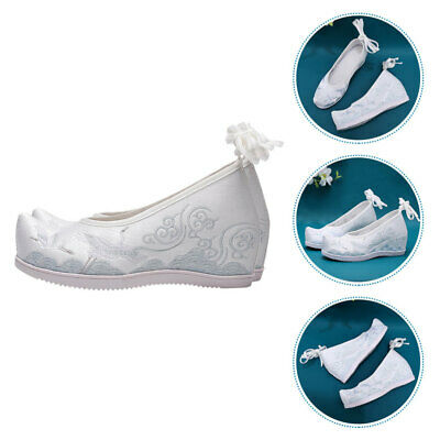 £15.33 • Buy 1 Pair Chinese Style Shoes Vintage Embroidered Shoes For Woman (White)