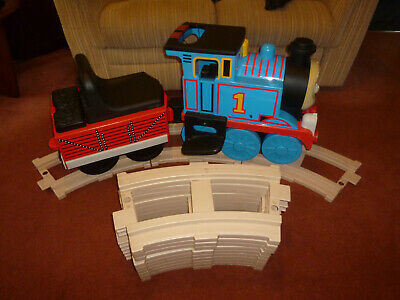 £75 • Buy Thomas The Tank - Peg Perego - With Circular Track - Ride On 6V Battery Powered
