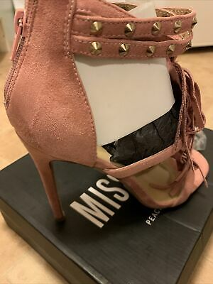 £5 • Buy Missguided Shoes 7 Blush