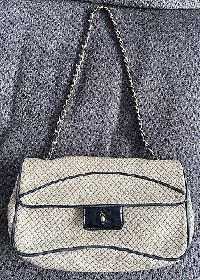 AU282.59 • Buy Vintage Chanel Small Cream Quilted Flap Bag Black Patent Leather *Damaged AS IS*