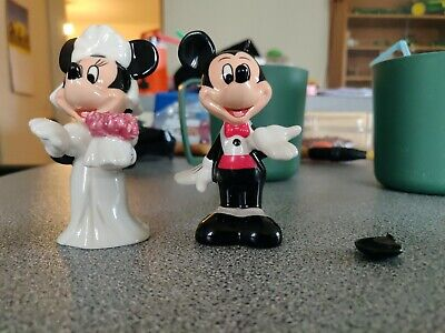 £2 • Buy Minnie And Mickey Mouse Salt And Pepper Wedding Figures.