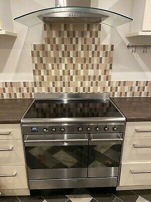 £400 • Buy Smeg Electric Range Cooker 90cm With FREE Extractor Fan
