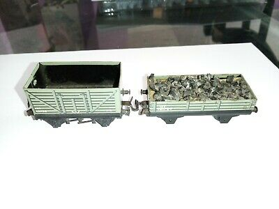 £10 • Buy Pair Oo 3 Rail Trix Twin Ttr Mineral Wagons One With Load