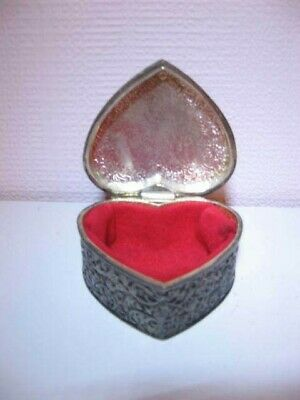 £2.50 • Buy  Heart Shaped Silver Plated Trinket Box With Hinged Lid  & Red Velvet Lining
