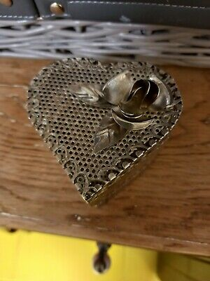 £1.10 • Buy Lovely Heart Shaped Trinket Box: Metal With  Lid