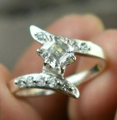 AU1.32 • Buy Gorgeous Off White Diamond Ring With Accents, Amazing Bling WATCH VIDEO