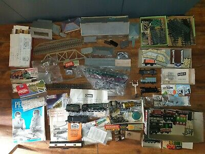 £29.99 • Buy Job Lot Of Railway Train Parts Buildings Carriages  Hornby Kitmaster Peco