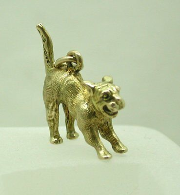 £250.80 • Buy Heavy Solid 9ct Gold Playful Little Dog Charm