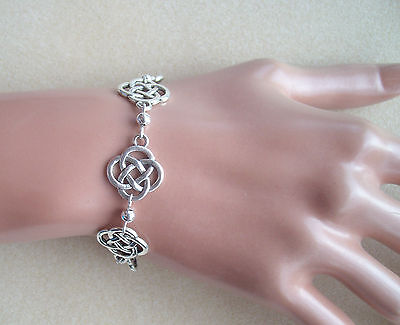 Pretty Celtic Knot And Silver Bead Bracelet In Gift Bag • 4.50£
