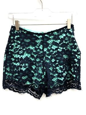 Zara Green Lace Shorts Size Medium Ref 0839 032 • 35£
