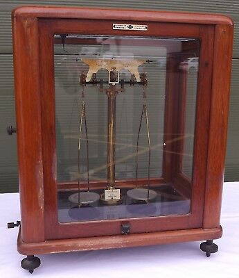 Vintage Cased Laboratory Balance Scales By W.J. George & F.E. Becker & Co. • 135£