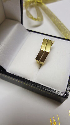 £210 • Buy 18ct 18K 750 Real Gold Ring Size J