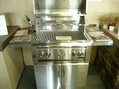 $2050 • Buy Luxor 30  Free Standing Grill/ Rotisserie