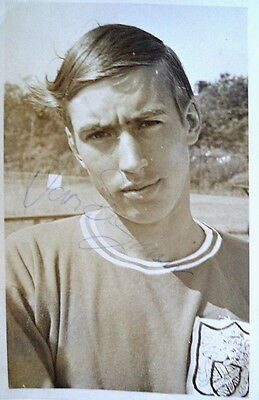 IAN SEYMOUR – FULHAM FC 1960's SIGNED FOOTBALL PHOTO • 24£