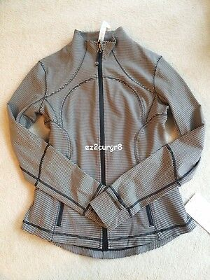 $ CDN179.99 • Buy Lululemon Forme Jacket Tonka Stripe Heathered Black Mojave Tan Sz 8