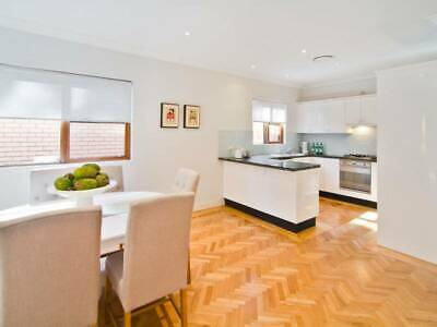 AU2500 • Buy DELIVERED & INSTALLED Second Hand Kitchen Smeg Appliances And Stone Benches