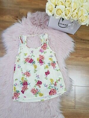 AU23 • Buy Pull And Bear Ladies Top Size See EUR S (Small) Floral Print